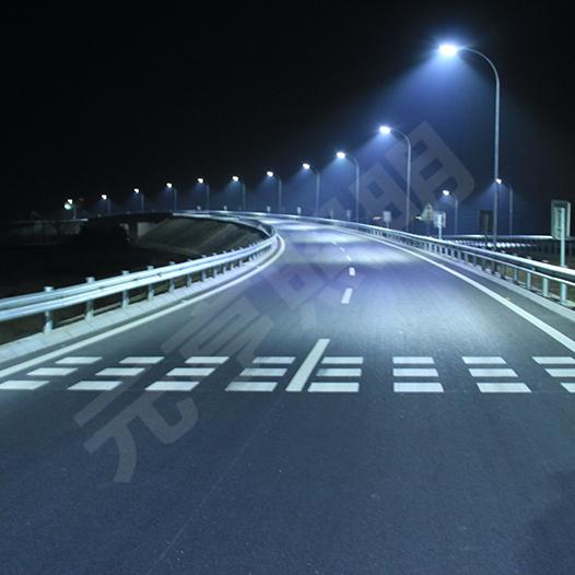 京承高速怀柔站路灯项目